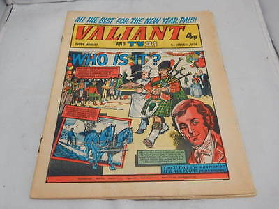 Valiant And TV21 Comic 5th January 1974 ~ Who Is It?