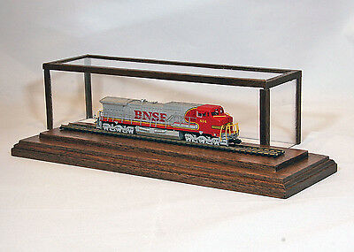 """Solid Native Walnut - N-Scale Covered Display Case w/8"""" Track"""