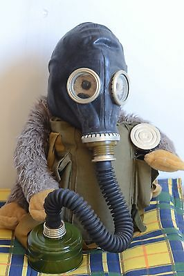 Military Soviet Russian Gas Mask GP-5 Black with hose .Full Set, New,Nos
