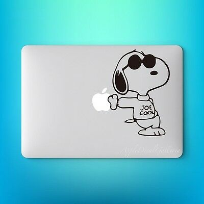 Snoopy V5 Decal Sticker Skin Macbook Pro Air Laptop 11 12 13 15 17 inch S-F225