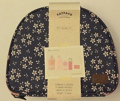 Fat Face Ladies Weekend Cosmetic Wash Bag Gift Set For Her BNIB Ideal Gift