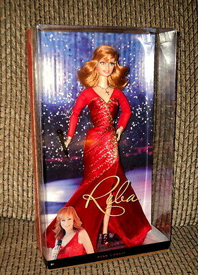 2010 BARBIE PINK LABEL AS REBA McENTIRE NRFB!