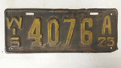 1925 WISCONSIN License Plate 4076 A