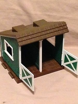 Blue Box Toys Horse Stable Barn Plastic Breyer? pony equestrian small play set