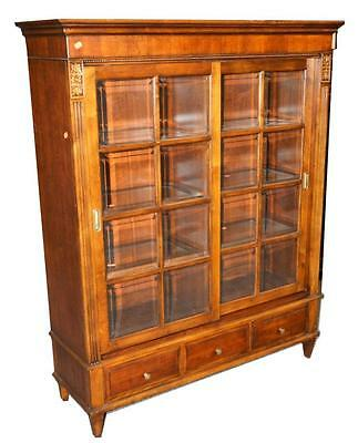 A ETHAN ALLEN WALNUT FINISH 2-DOOR BOOKCASE WITH SLIDING.M021. Lot 2291