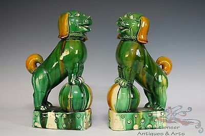 A Pair Famille Rose Beautiful Chinese Porcelain Foo Dogs Statue