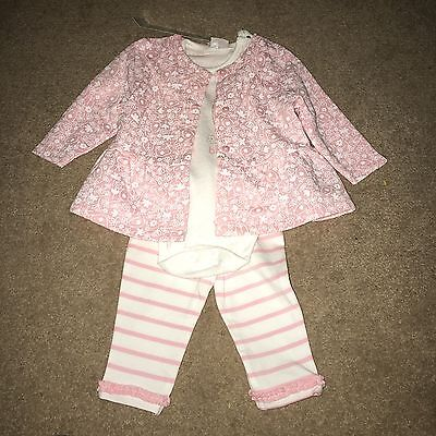 New Baby Girls Clothes Set From F&F.                            Up To 3 Months