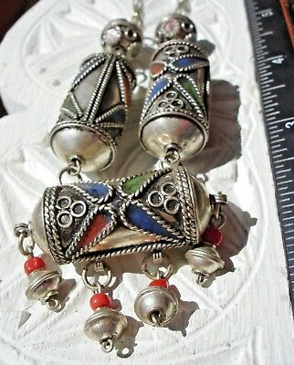 Moroccan enamel tarnished shiny barrel ornate bead necklace with beads