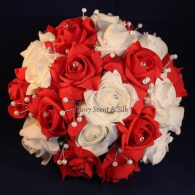 Wedding Bouquets, Brides, Bridesmaids, Flowergirl, Red, White.