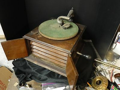VICTOR VICTROLA VV-IV Phonograph 1915 Forward Crank Untouched easy project