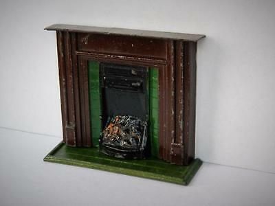CHARBENS PREWAR VINTAGE 1930s VERY RARE LEAD DOLLS HOUSE FIREPLACE & HEARTH