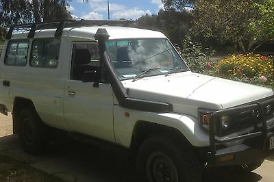 Toyota Landcruiser TroopCarrier 2000 model 78 series 4x4