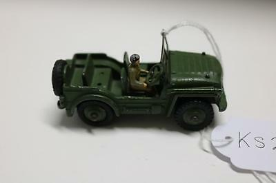 dinky AUSTIN champ  674 WITH DRIVER  [ks227 ]