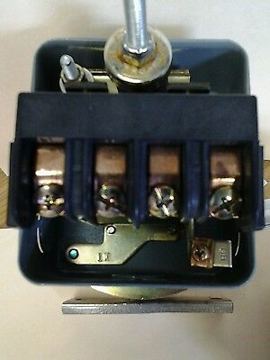 SQUARE D 9016GVG1J10 Vacuum Switch new no box