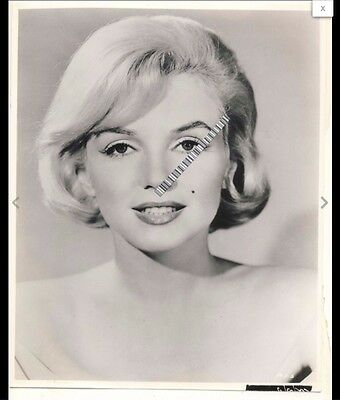 "1960 Marilyn Monroe VINTAGE ORIGINAL ""Let's Make Love"" (8 x 9.5) Photo"