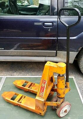 """Rol-Lift Small Mini Pallet Jack Truck, 4500 Lb. Capacity 17"""" Wide by 21 1/2"""" L"""