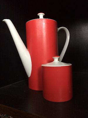 Elegant Vintage 60s Red And White Coffee Set