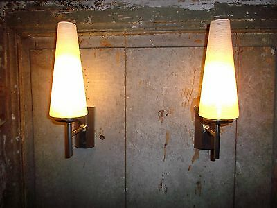 French a pair of c.1960 retro wall light  beautiful vintage