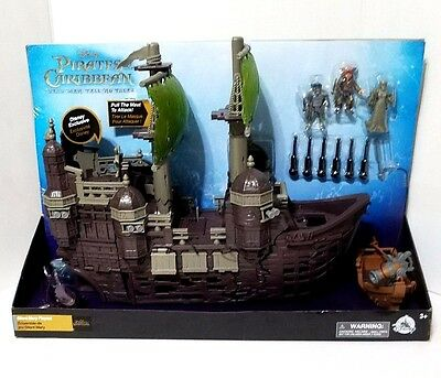 Disney Parks Silent Mary Pirates of the Caribbean Ship Play Toy Set Shark