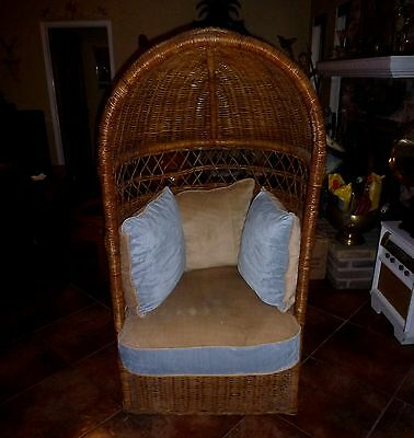 Beautiful Rare Vintage Rattan Dome Canopy Chair~Wicker Hollywood Regency