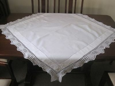 Antique Snow White Fine Linen Tablecloth With Popcorn Filet Crochet Lace Edging