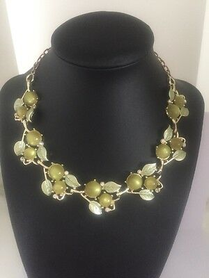 Vintage Unmarked Coro Corocraft Necklace Bracelet Green Leaf Berry Cabouchon