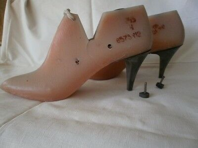 Womens  Shoe-last, four sizes, 70mm high heel