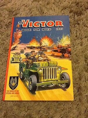 The Victor Book for Boys 1971, Hardback Annual, Unclipped, Unmarked, Clean, VG+