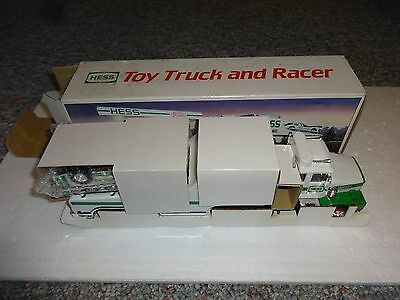 Hess Toy Truck And Racer 1988 *** New In Box ****