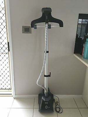 As New..tefal Minute Steam, Steamer, Garment Steamer.