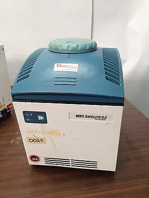 Thermo Hybaid PCR Machine MBS 0.2 MBLK001 ISSUE 2 IP20 HBM8S02110