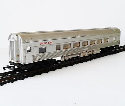 Hornby - Passenger Dining Car - Australian - Commonwealth Railways - Ho/oo