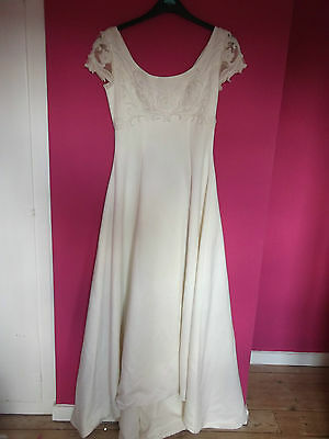 Vintage Venus Wedding Dress by Lotus Orient Size 8-10