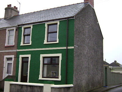 Pembrokeshire, Milford Haven,3 bed house For Sale, immaculately refurbed, garage