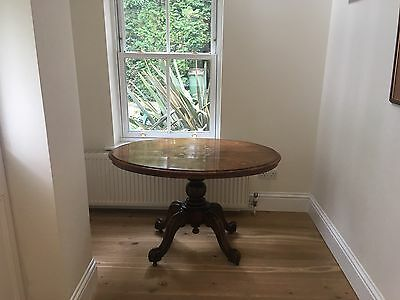 Antique Walnut Victorian Oval Loo Table