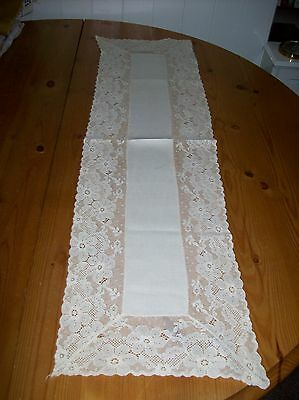 Antique/Vintage, Cream  Linen Table runner,with deep lace Lace Edges.Used