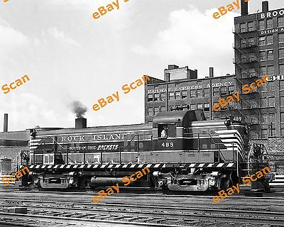 "Rock Island RS3 #489 ""Route of the Rockets"" - (1) 8x10 B&W Railroad Photo RI"
