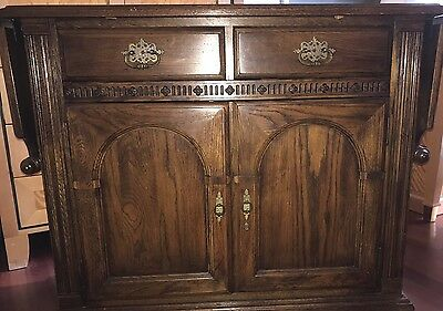 Ethan Allen Server Solid Wood  Bar Buffet Sideboard With Fold Down Leaves