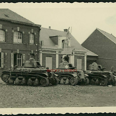 Photoww2 1940 Char Tank Panzer Renault R35 Monument Morts 14-18 Poilu Nord Somme