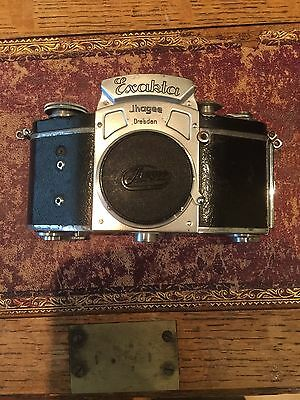 Exakta Type 11 Camera Without Lens C. Late 1930s