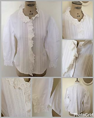 Chemisier femme avec broderies anglaises, linge ancien Size S old French Fabrics