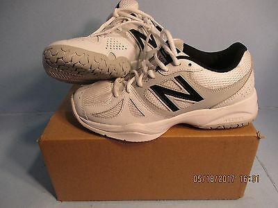 New White Black NEW Balance #696 Sneakers tennis Running Shoes size 7 1/2