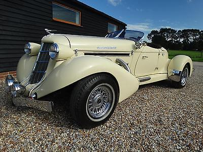 1936 Auburn Boat Tailed Speedster V8 Clevland 351 Automatic