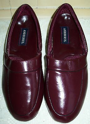 "Men's ""Andhurst"" Closed Back Slipper Split Leather Sole Shoes, Size 7"