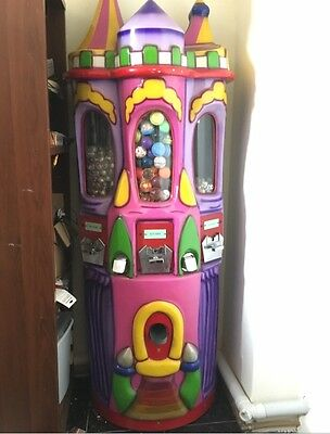 vending machine, Castle coin operated bouncy ball, capsule, toy machine