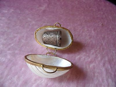 Unwanted Vintage/antique? Sterling Silver Floral Thimble In Hand Made Shell Box