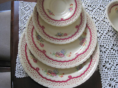 Gorgeous Vintage New Hall Pottery 24 Pce Dinner Setting Pattern 1276