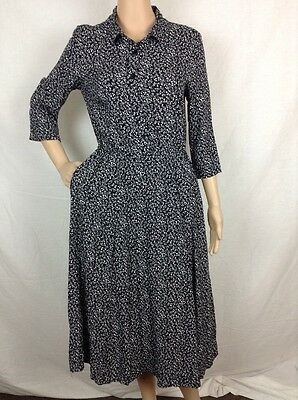 Orvis Dress Size 8 Black With White Floral 3/4 Sleeves Button Down Top