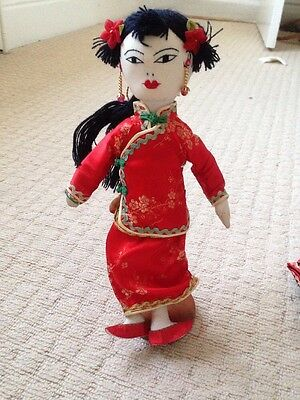 Doll  With 5 Chinese Style Outfits