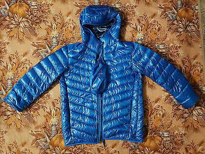 UNIQLO Men's Ultralight Hooded Down Jacket Package Size M With Bag